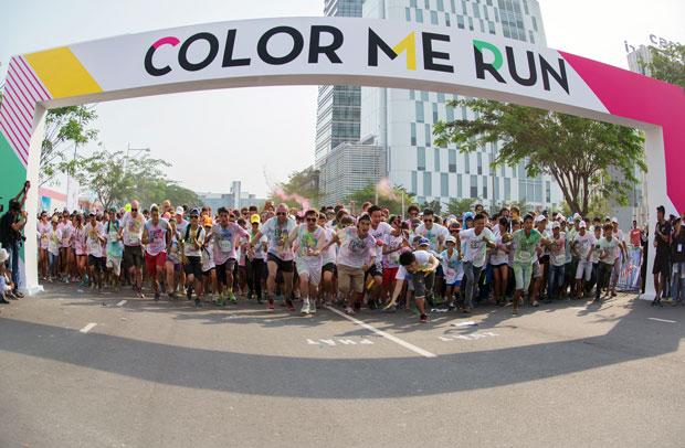 Color Me Run: Độc đáo đường chạy sắc màu