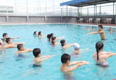 Giai đoạn 2016-2020: Ít nhất 50% cơ sở giáo dục phổ thông dạy bơi cho học sinh