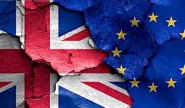 """Anh sẽ """"ly dị"""" EU sau 40 năm gắn bó?"""