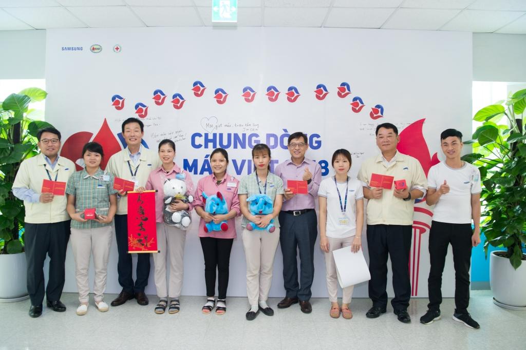 Samsung cam kết đồng hành cùng các bệnh nhân về máu