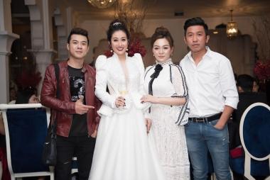 Nữ hoàng sắc đẹp Kim Trang rạng rỡ trong tiệc sinh nhật