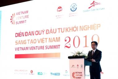Phó Thủ tướng Vũ Đức Đam: Không để các startup phải ra nước ngoài lập công ty