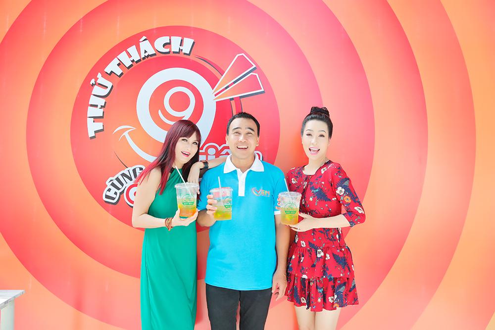 NSUT Trịnh Kim Chi đối đầu uống trà tắc Bin Ben cùng Hiền Mai tại nhà NS Quyền Linh