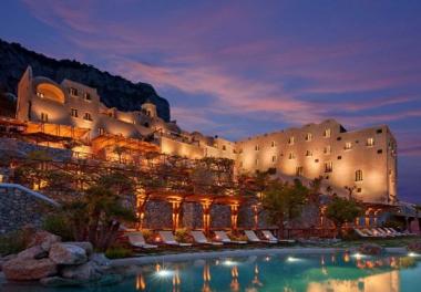 4 khách sạn khiến bạn phải giật mình khi mới ghé thăm