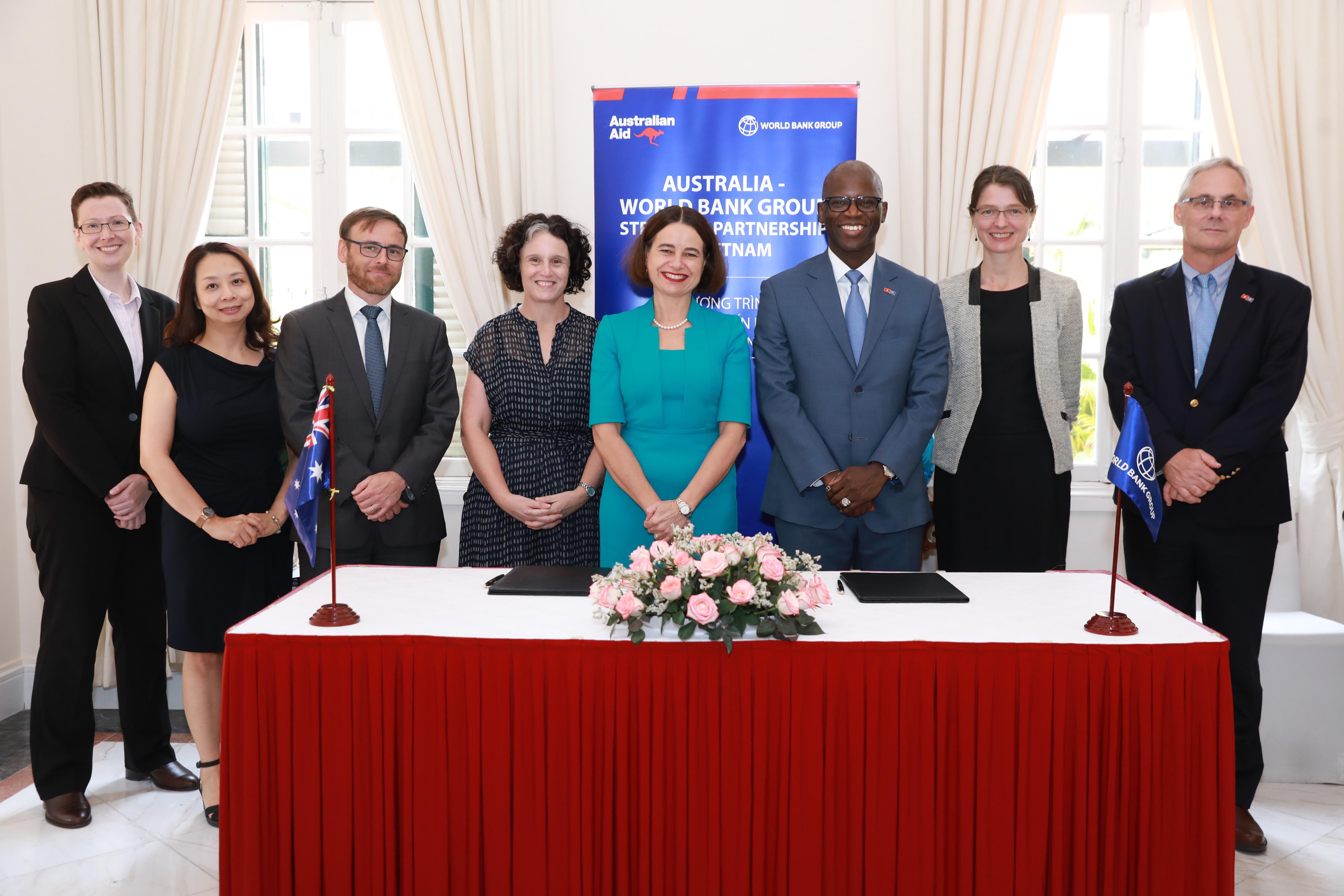 Úc và Nhóm Ngân hàng Thế giới hỗ trợ Việt Nam giảm thiểu tác động từ COVID-19