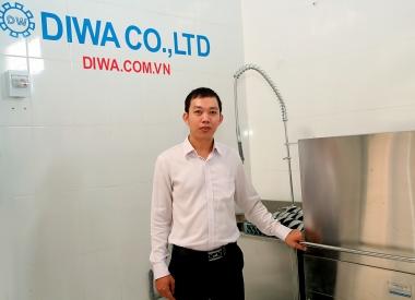 Kỹ sư xứ Quảng bỏ lương cao về sáng lập công ty sản xuất máy rửa chén