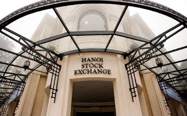 Thêm 14 doanh nghiệp từ HOSE sang, sàn niêm yết HNX giao dịch gần 3.000 tỷ đồng/ngày