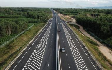 2021-2030: Việt Nam cần phải làm gần 4.000 km đường bộ cao tốc mới