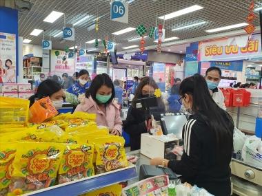 Kiến nghị ưu tiên vaccine cho người lao động tại siêu thị, cửa hàng tiện lợi, hàng rong