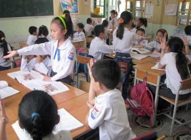 Dự thảo Điều lệ trường tiểu học sửa đổi: Vẫn còn nhiều ý kiến trái chiều