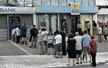 """Hy Lạp tăng thuế VAT, bắt đầu """"thắt lưng buộc bụng"""""""