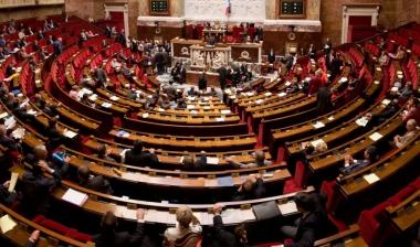 Tổng thống Pháp kêu gọi cải cách quốc hội