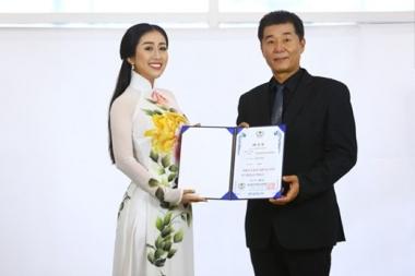 Nữ hoàng Sắc đẹp Đông Nam Á Kim Trang làm đại sứ truyền thông Olympic 2017 của Hàn Quốc tại Việt Nam