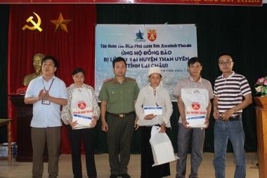 Tập đoàn Tân Hiệp Phát tặng quà đồng bào bị lũ lụt tại Lai Châu và Hà Giang