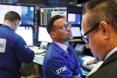 Chiến tranh thương mại Mỹ - Trung có thể làm S&P 500 sụt giảm 20%