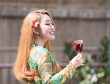 Queen Kim Trang chào hè rực rỡ bằng bộ ảnh mộc mạc tại Làng Xanh - Bến Tre
