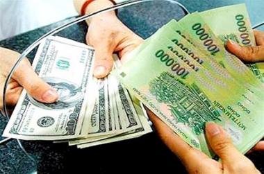 NHNN tăng tỷ giá liên ngân hàng thêm 1%