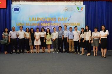 Sinh viên Đại học Kinh tế TP. HCM hào hứng với UEH Alumni Mentoring