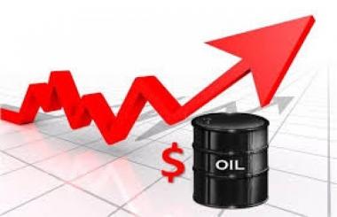 Giá dầu tăng nhẹ gần 300 đồng/lít