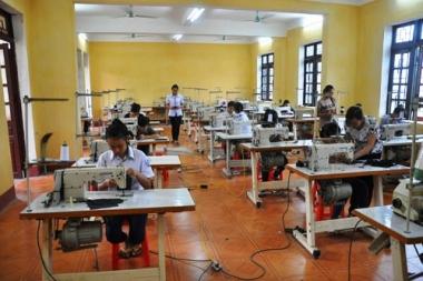 Tỷ lệ học nghề ở Việt Nam vẫn thấp bởi tâm lý trọng bằng cấp còn nặng nề