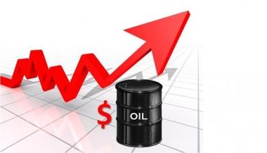 Giá dầu tiếp tục tăng nhẹ 148 đồng/lít