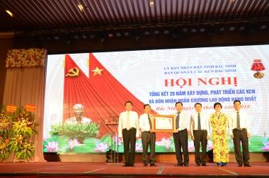 Ban Quản lý các KCN tỉnh Bắc Ninh đón nhận Huân chương Lao động hạng Nhất