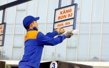 Giá xăng giảm nhẹ từ 15h chiều nay