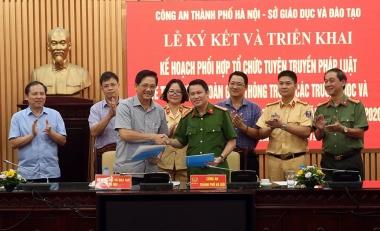 Hà Nội đẩy mạnh xây dựng văn hóa giao thông trong học đường