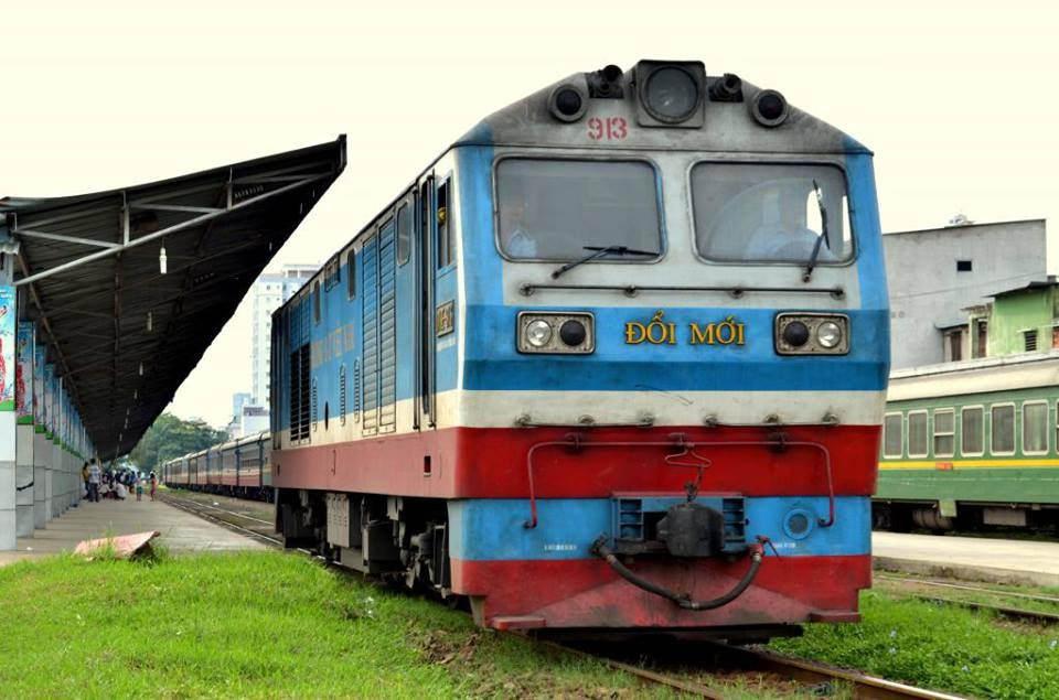 """Để ngành đường sắt """"tăng tốc"""" trong cuộc đua kinh doanh vận tải"""