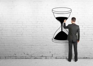 5 hoạt động cần loại bỏ để tiết kiệm thời gian cho nhân viên