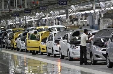 """Tháng """"cô hồn"""", xe ô tô nhập khẩu nguyên chiếc tăng 12,7%"""