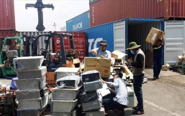 Ngừng nhập khẩu phế liệu qua cửa khẩu đường bộ và đường sắt