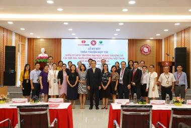 Cơ sở II trường Đại học Ngoại Thương ký tiếp tục tiếp tục đẩy mạnh mối quan hệ hợp tác