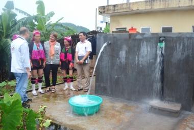 Cuối năm 2015 sẽ có 85% số dân nông thôn được sử dụng nước hợp vệ sinh