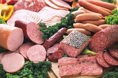 Thịt nguội, xúc xích độc ngang thuốc lá và thạch tín