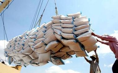 Nhìn lại tình hình xuất khẩu gạo Thái Lan và Việt Nam thời gian qua