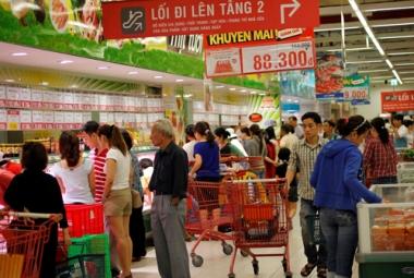 """Cơ hội nào cho ngành bán lẻ nội trong """"cuộc chiến"""" không cân sức với DN FDI?"""