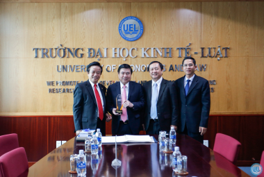 Trường Đại học Kinh tế - Luật khai giảng năm học 2017-2018 và khánh thành hạng mục công trình KTL.B1