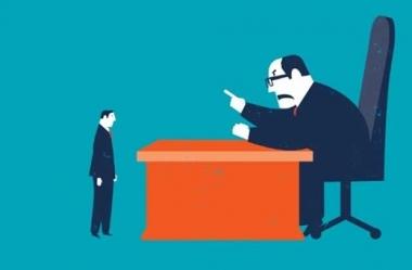 Sức mạnh của việc khen, chê đúng lúc với nhân viên