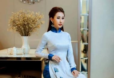 """Hoa hậu Châu Á 2018 Chi Nguyễn lộng lẫy trong BST """"Đại sứ Áo dài Việt Nam"""" của NTK Việt Hùng"""