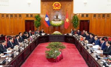 Việt Nam-Lào ký kết 8 văn kiện hợp tác quan trọng