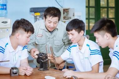 """""""Nới"""" quy định về tiêu chuẩn chuyên môn của giáo viên dạy nghề"""