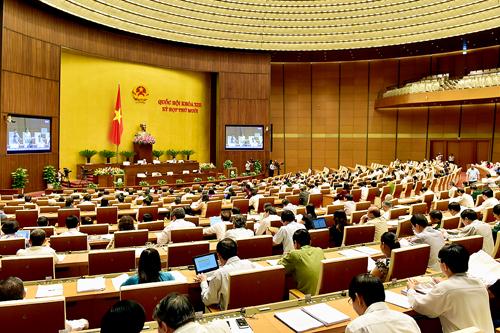 """Đại biểu """"hiến kế"""" cho kế hoạch phát triển kinh tế năm 2016"""