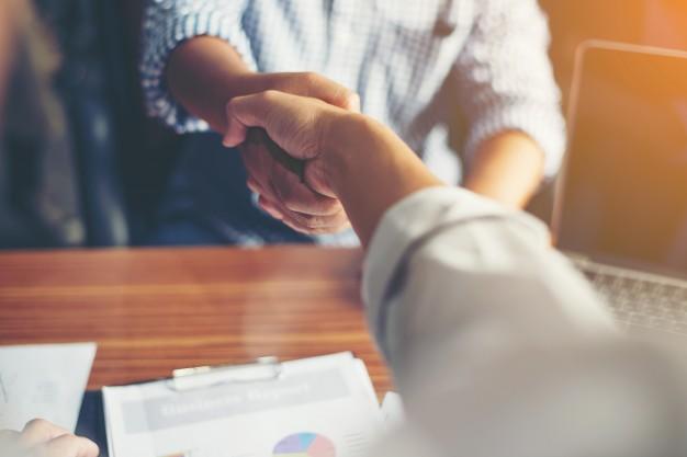 Làm sao nhận biết sự chân thành của một nhân viên?