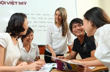 Năm 2030, 60% cán bộ, công chức Trung ương đạt trình độ ngoại ngữ bậc 4 trở lên