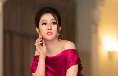 Nữ hoàng Kim Trang sang chảnh dự sự kiện, thu hút mọi ánh nhìn