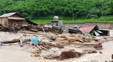 Hỗ trợ tối đa 40 triệu đồng cho các hộ gia đình bị sập do bão lũ