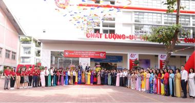 Tổ chức chuỗi hoạt động chào mừng kỷ niệm 60 năm thành lập trường (1960-2020)