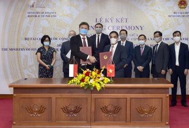 Việt Nam và Ba Lan tăng cường hợp tác thuế và tài chính công