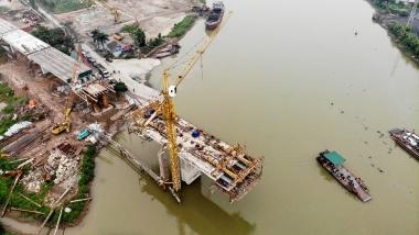 Đề xuất tiêu chuẩn đối với việc xây dựng, cải tạo cầu qua sông có đê